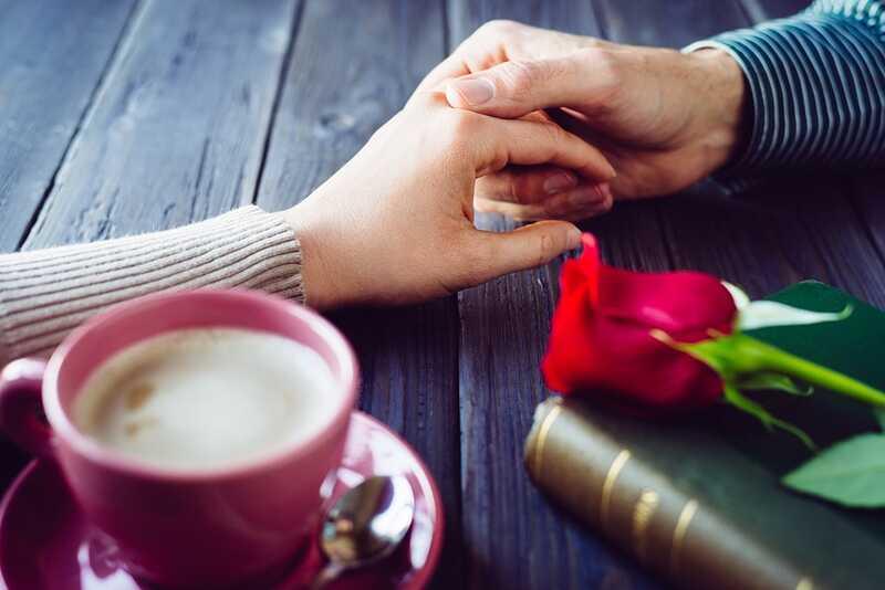 Atraktivní faktor: proč flirtujeme a co to znamená