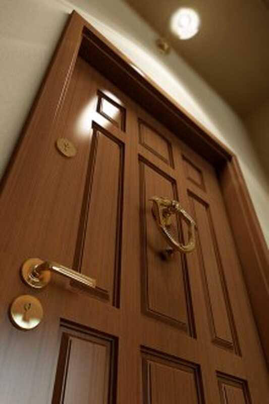 Τι λένε οι άντρες για τις γυναίκες τους πίσω από κλειστές πόρτες