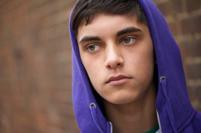 Proč nemůžeme pochopit vztah mezi dospívajícími, drogami a depresemi?