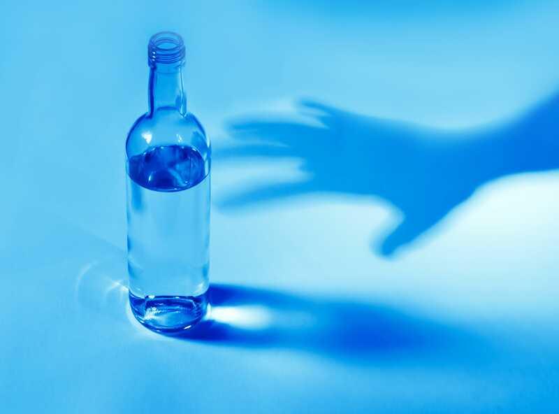 Защо пияните мечове имат значение за този алкохолик