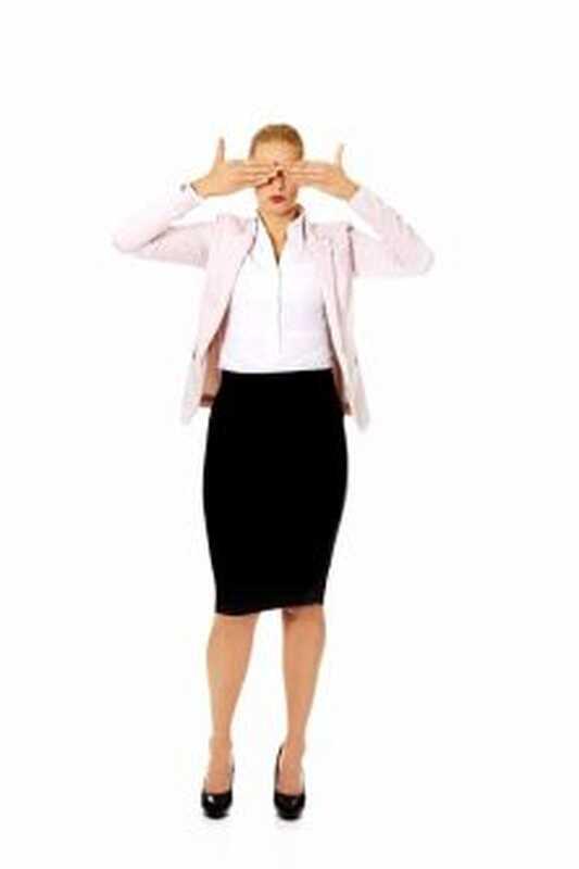 Как да се справяте със средно момиче на работа