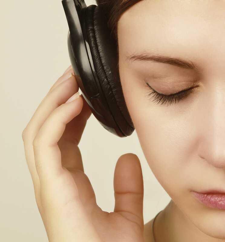 Kako Gabrielle Giffords koristi glazbenu terapiju za liječenje