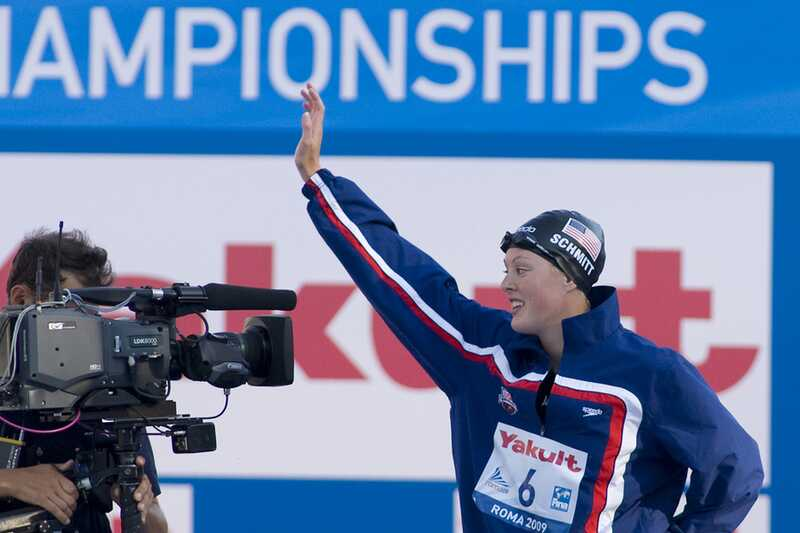 Olympian allison schmitt näitab emotsionaalset võitu