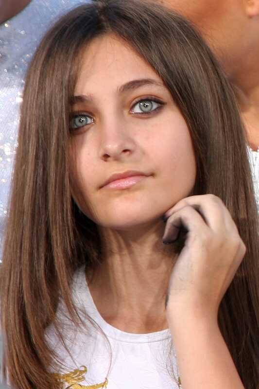 Paris Jackson se zabývá zneužíváním drog, sexuálním útokem