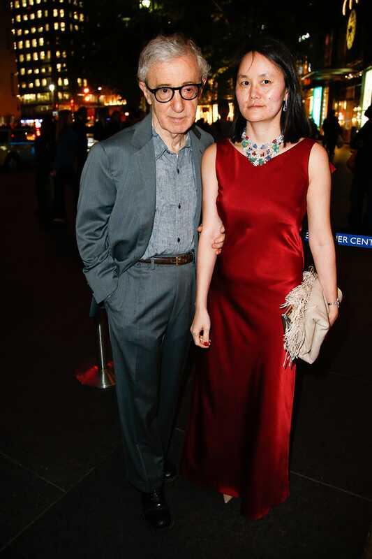 Woody Allen diskuterer faderskab med snart-yi
