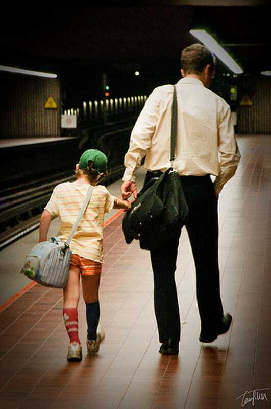Boldog apák napja, érzelmileg elhanyagolt apa