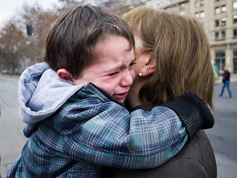 Cum să nu neglijezi din punct de vedere emoțional copilul tău