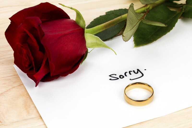 Ali ljubezen pomeni, da nikoli ne bi rekla, da je žal?