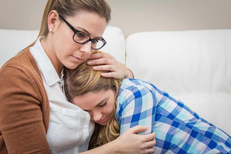 La clau per ajudar els adolescents a fer front a esdeveniments traumàtics: connexió