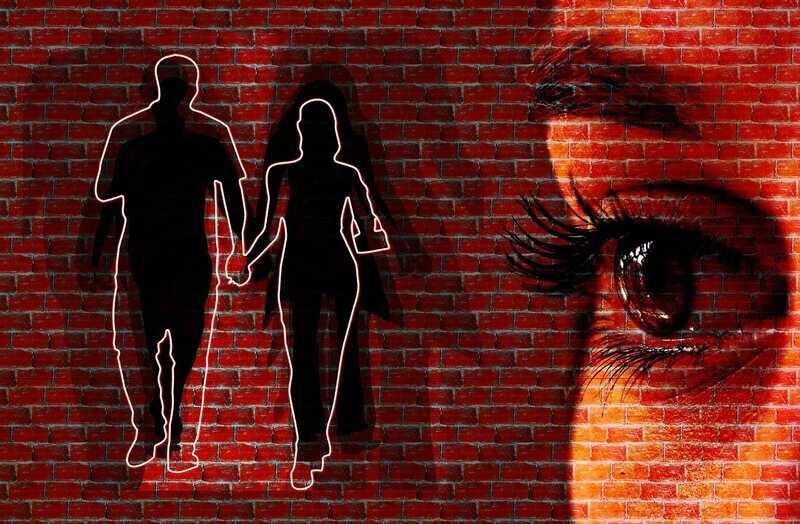 Ist Eifersucht deine Beziehung sabotiert? Oder bringt dich näher?