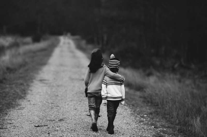 Søskende i krig: en mor, to synspunkter