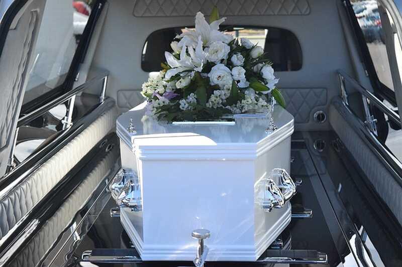 Speedy el narcisista y el entierro del entierro
