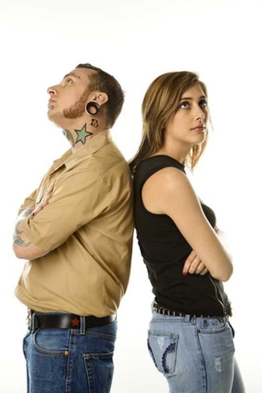 7 κοινές συνήθειες επικοινωνίας που βλάπτουν τη σχέση σας