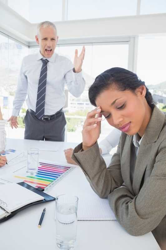 Συναισθηματική κακοποίηση: 5 ειδικοί τρόποι για να πάρετε πίσω την εξουσία σας