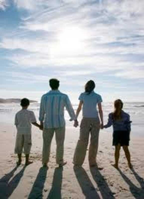 Vpliv na ureditev: primer proti kaznovalnemu starševstvu in za čustveno prisotno starševstvo