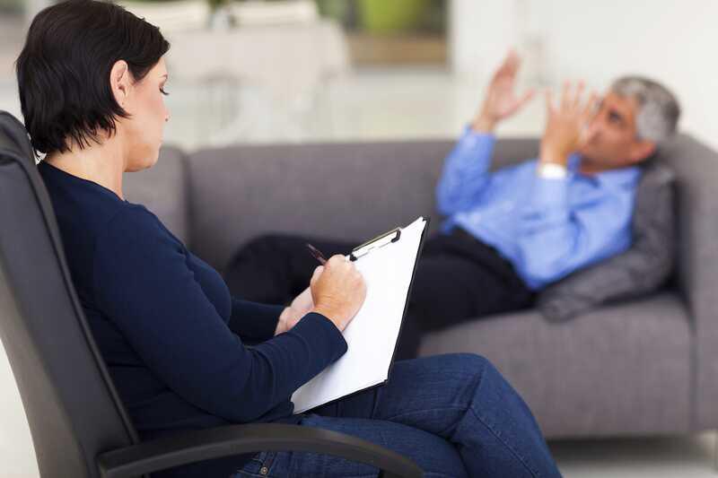 Suočavanje sa seksualnom izdajom: 6 stvari koje terapeuti treba da znaju