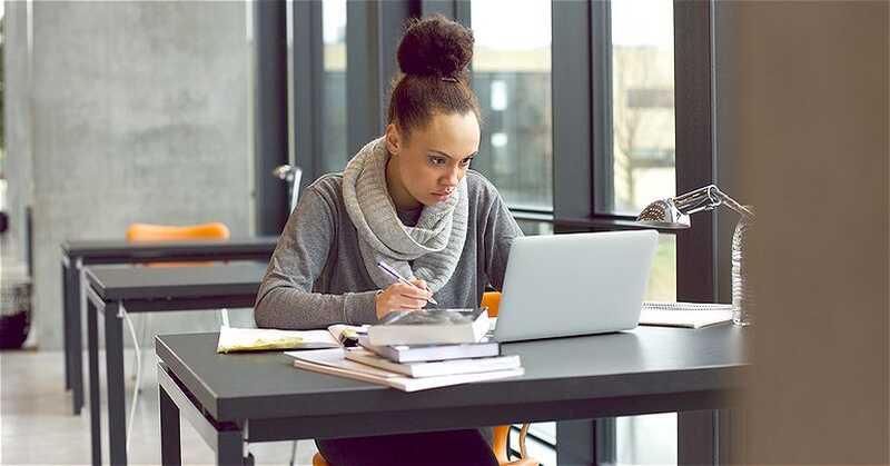 5 cose che dovete prendere al college per aiutare la tua salute mentale