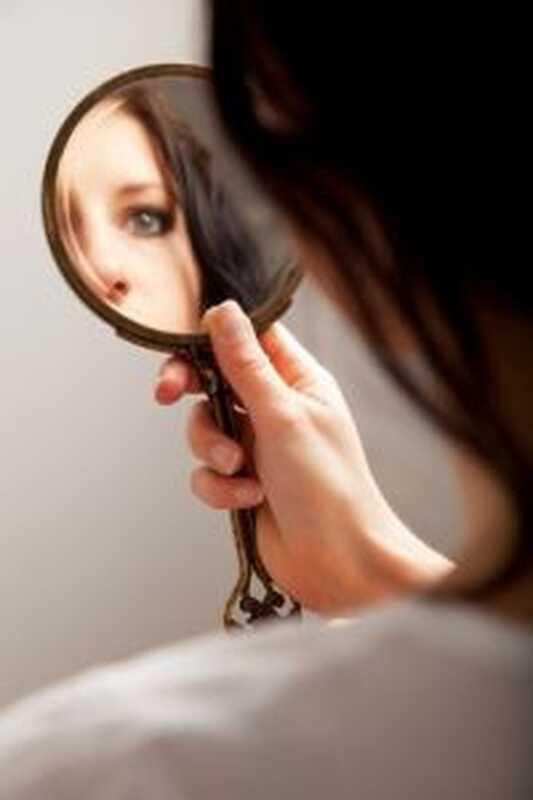 6 znakova upozorenja koje pate od poremećaja depersonalizacije
